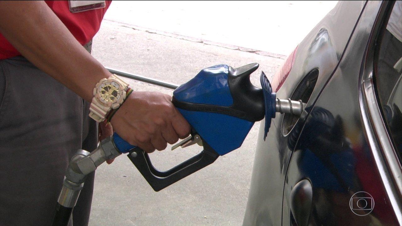 Gasolina está mais cara nas refinarias, a partir desta sexta (29)