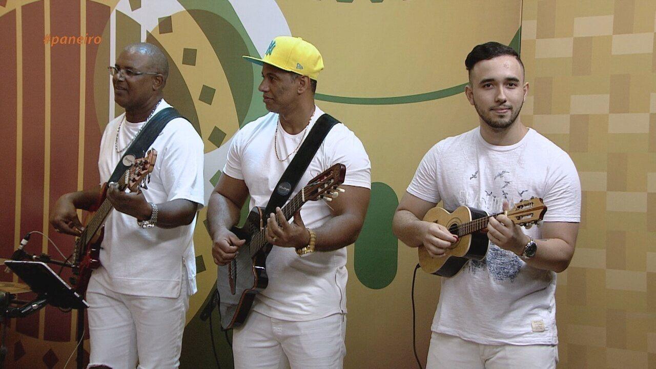 Ouça 'Batendo a porta', de João Nogueira e Paulo César Pinheiro