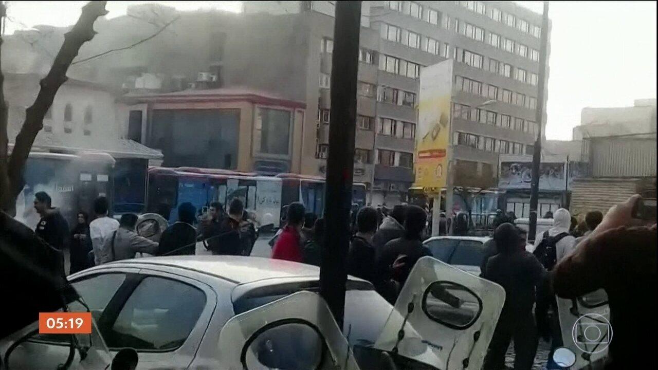 22 pessoas morrem em manifestações no Irã