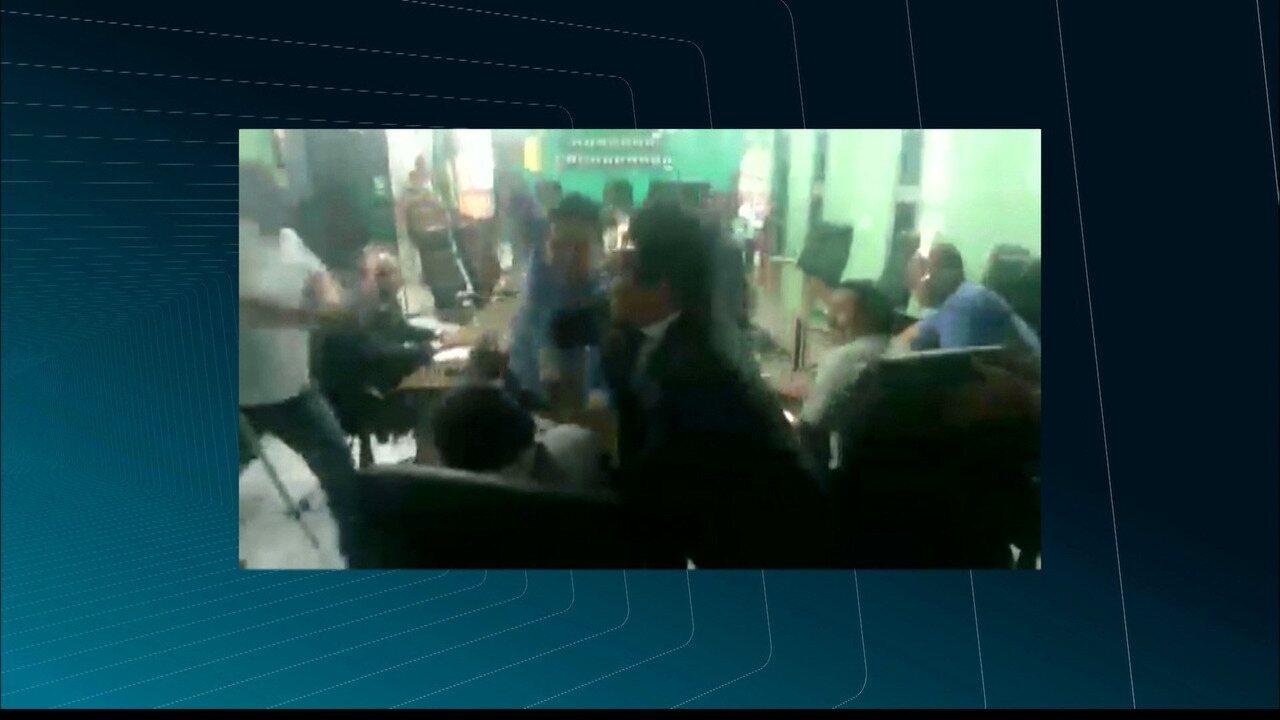 JPB2JP: Deputado agride vereador na Câmara Municipal de Bayeux