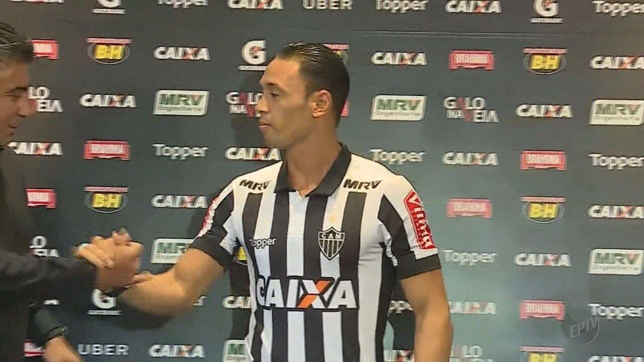 Atlético-MG apresenta Ricardo Oliveira para substituir Fred no ataque
