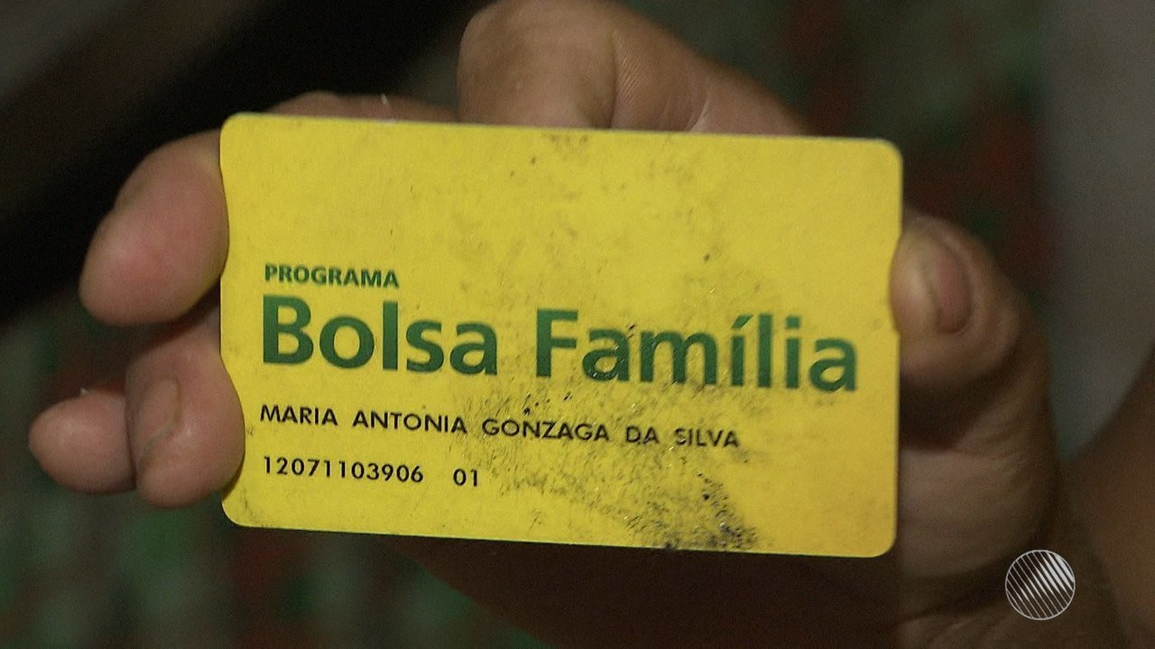 Mais de 220 mil benefícios do Bolsa Família foram bloqueados ou cancelados na Bahia