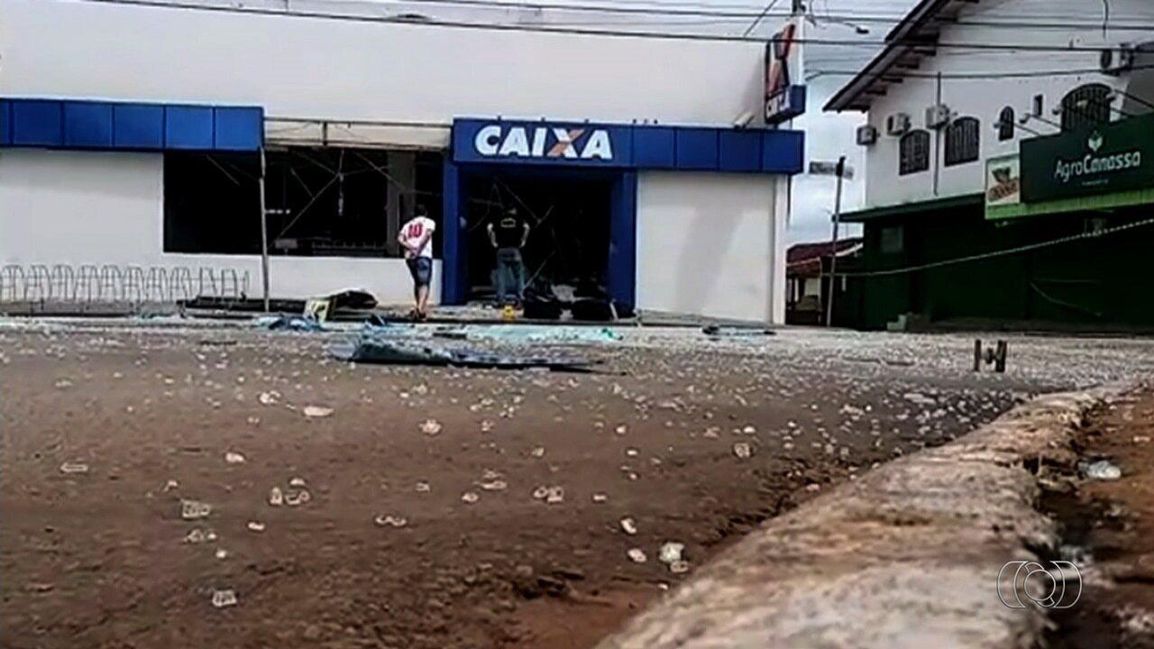Assalto e explosão de caixa eletrônico deixa vítima e suspeito mortos em Silvânia, GO