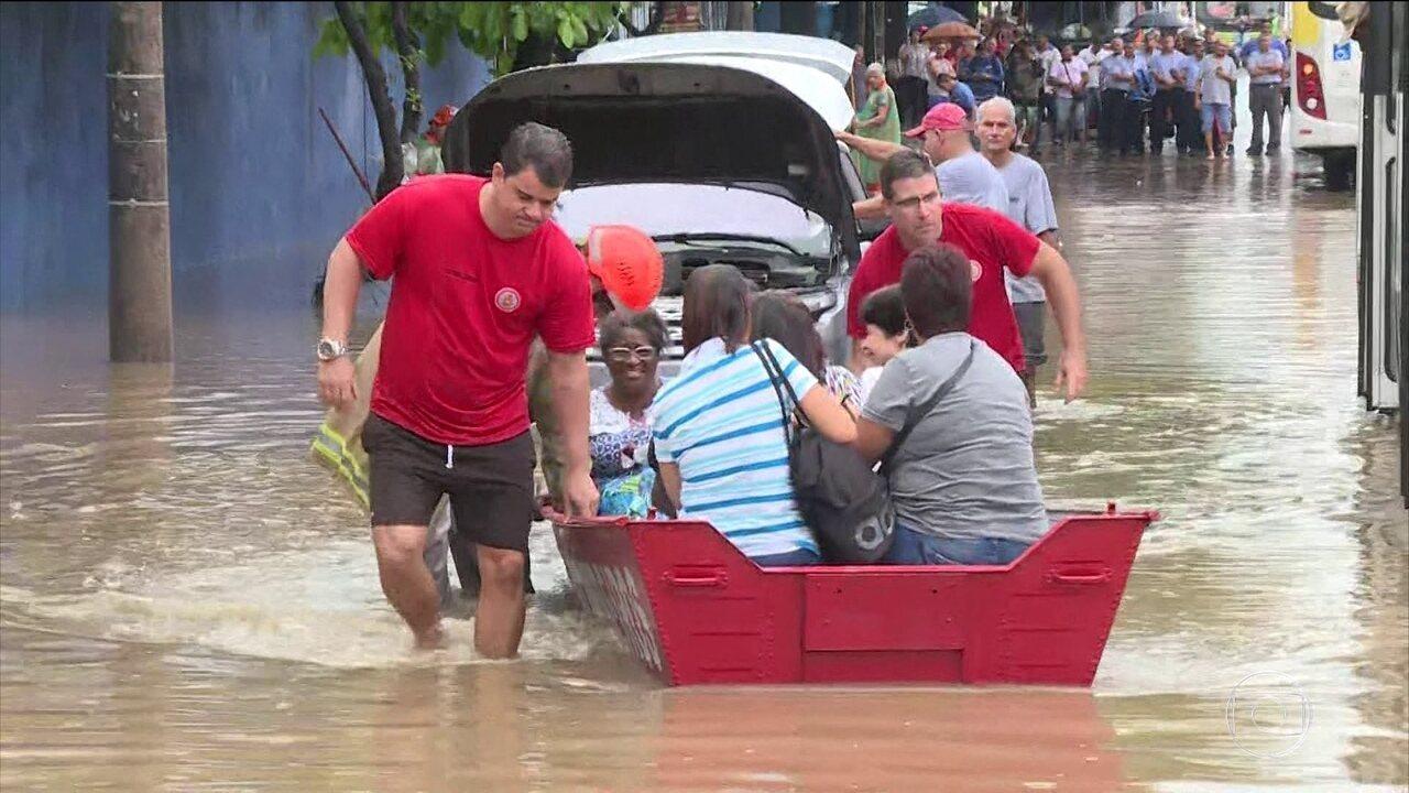 Região metropolitana do Rio está em estado de atenção por causa das chuvas