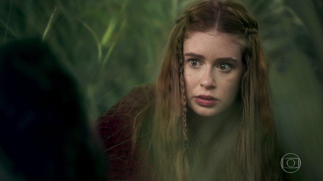 Amália encontra Afonso ferido na floresta