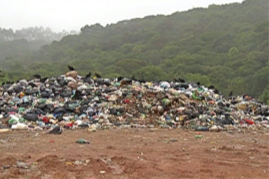 Lixo continua sendo descartado em área de proteção por Biritiba e Salesópolis