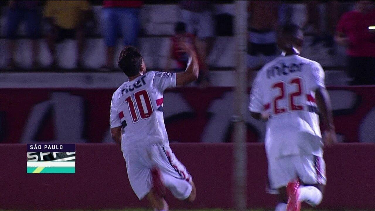 Gol do São Paulo! Liziero lança Igor, que abre o placar, aos 14' do 2º tempo