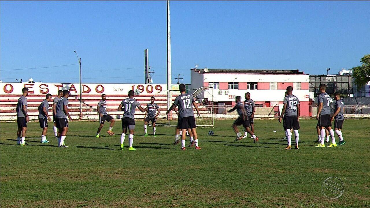 Em Aracaju, Santa Cruz faz último treino antes de enfrentar o Confiança