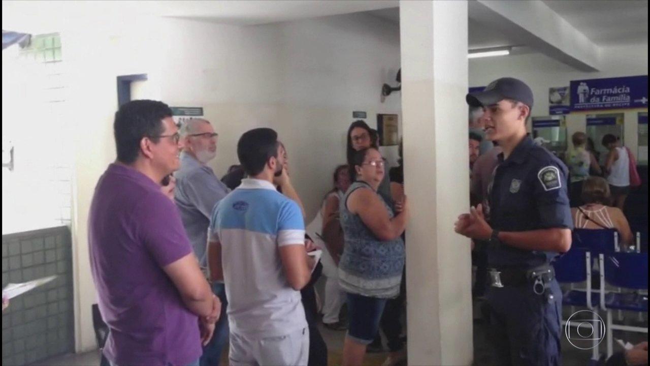 Postos de saúde do Recife têm filas para vacina contra febre amarela