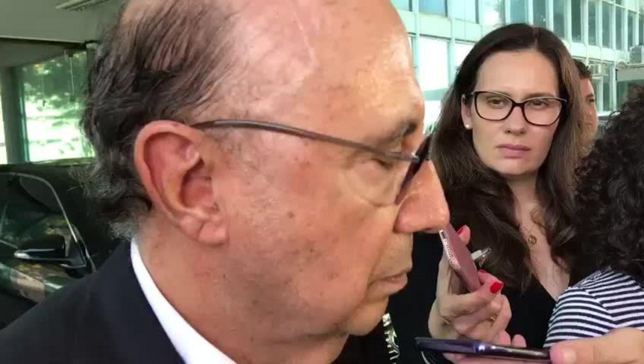 O ministro da Fazenda, Henrique Meirelles, fala sobre afastamento de vices da Caixa