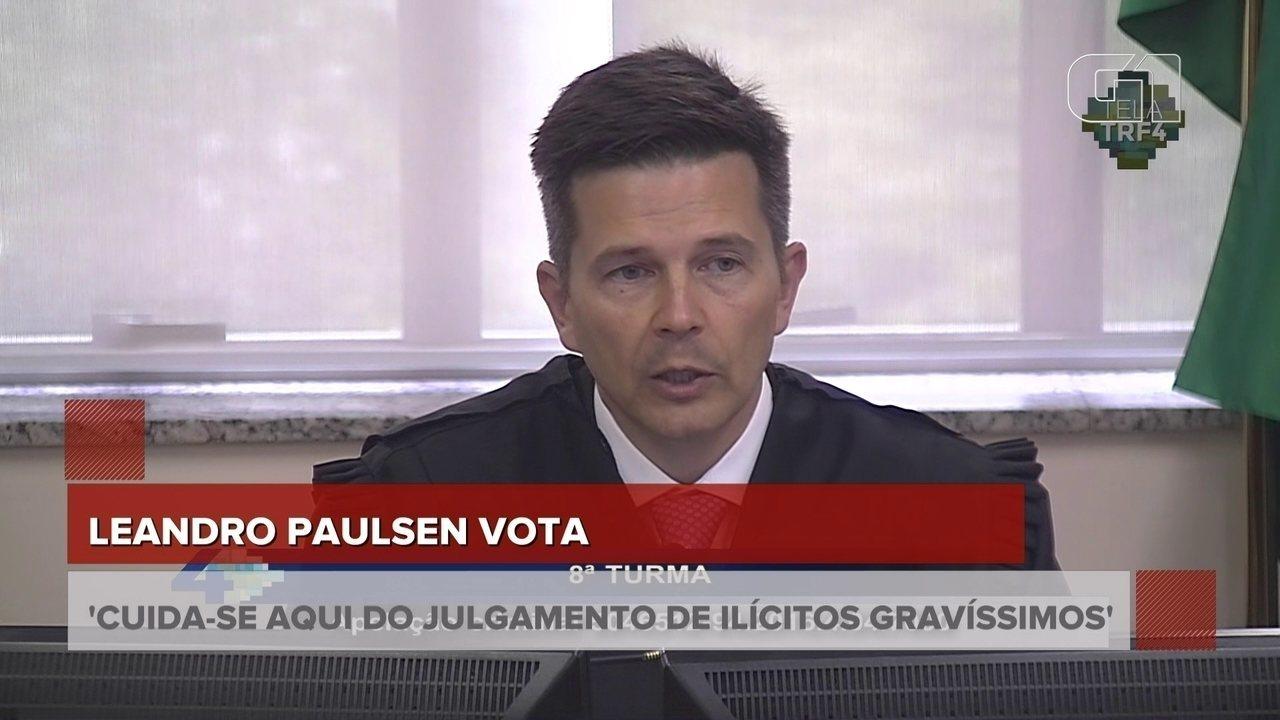 'A eleição e a assunção do cargo não põe o eleito acima do bem e do mal', diz revisor