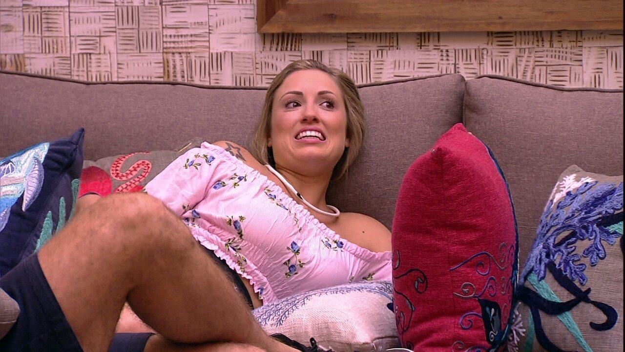 Jéssica comenta sobre a casa do BBB: 'Eu amo surpresas'