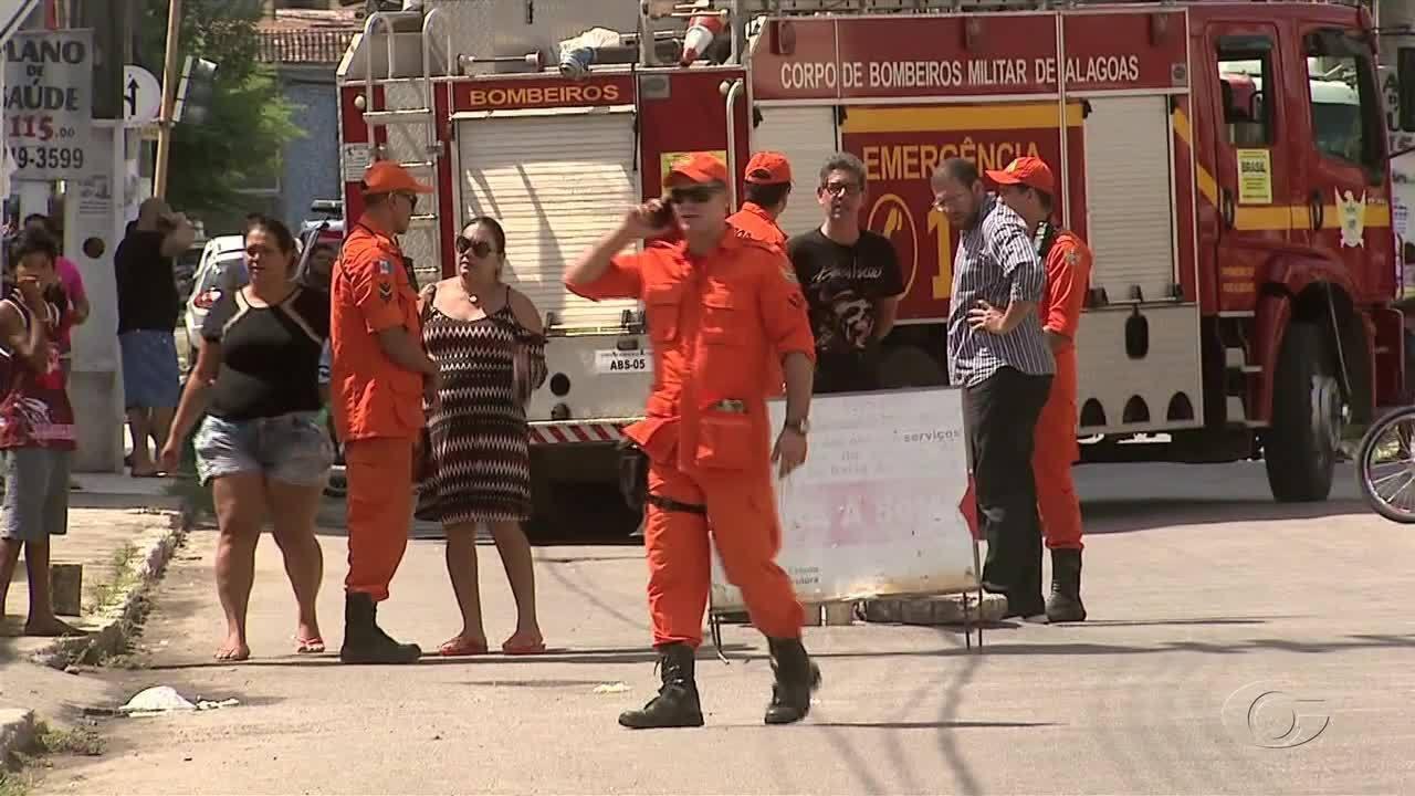 Um homem morreu e outro está desaparecido após acidente em tubulação em esgoto na Jatiúca