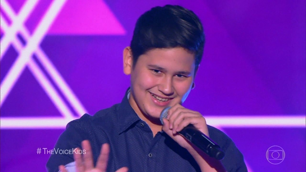 Lorenzo canta 'Fantasma' nas audições às cegas