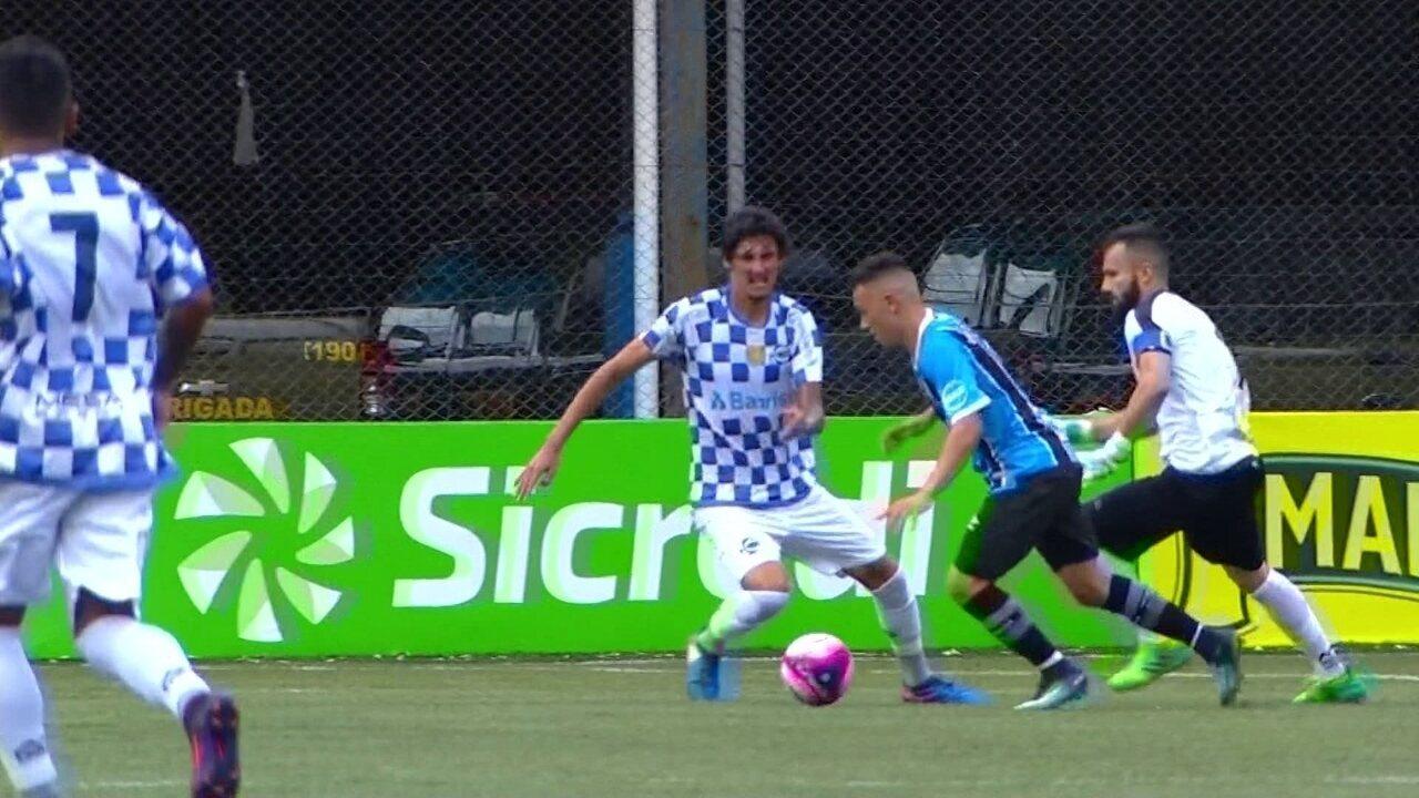 Jogadores do Grêmio lamentam série negativa no Gauchão