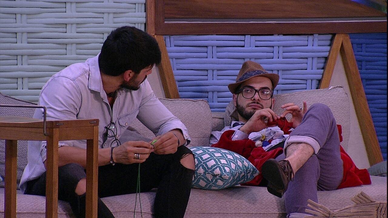 Lucas opina sobre Paredão: 'Ana Paula fica'