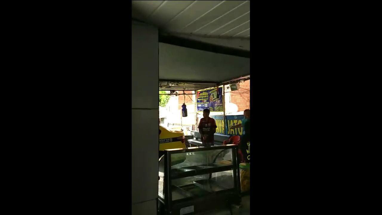 Vídeos postados em rede social mostram tiroteio no RJ