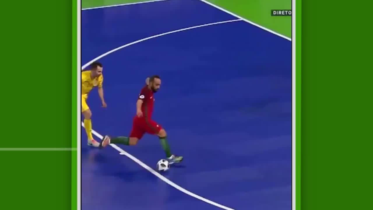 Português Ricardinho faz golaço de letra na Uefa Euro Futsal