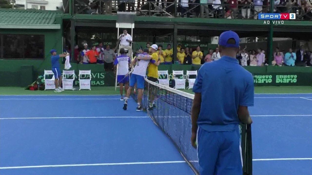 Os pontos finais de José Hernandez-Fernandez (DOM) 2 x 1 João Sorgi (BRA) pela Copa Davis