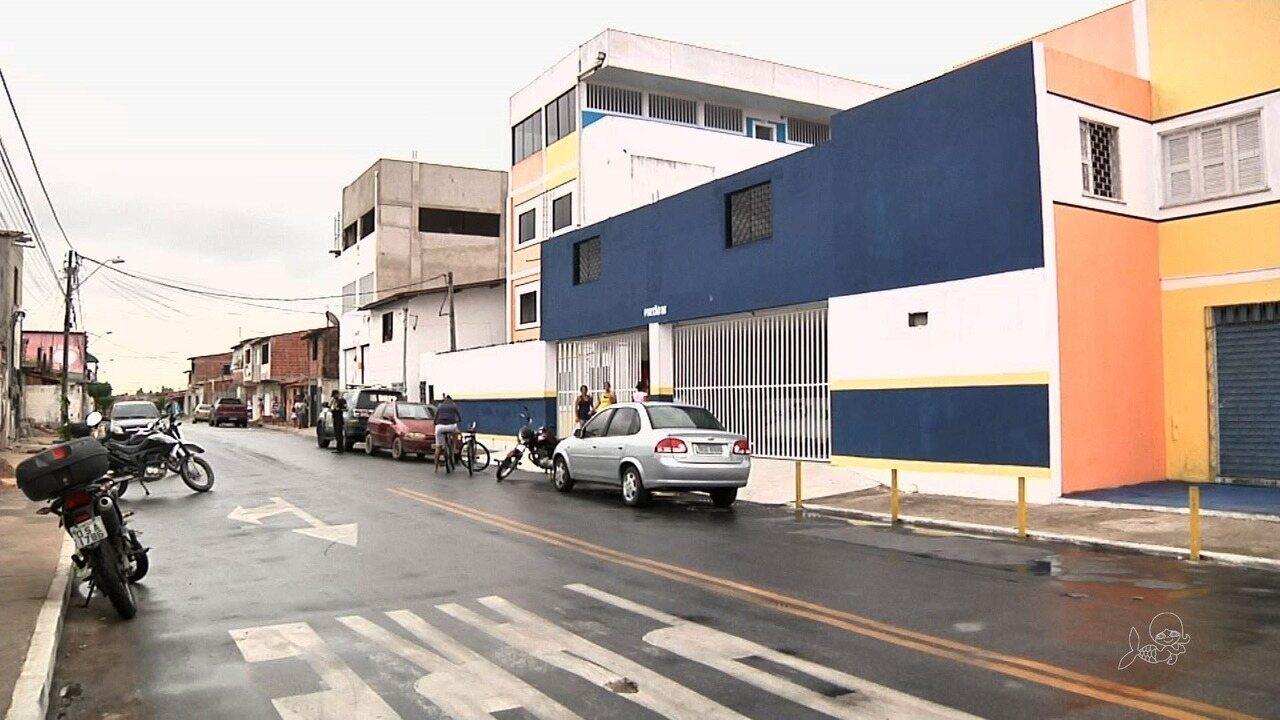 Estudante é morta a tiros na porta de escola em Fortaleza