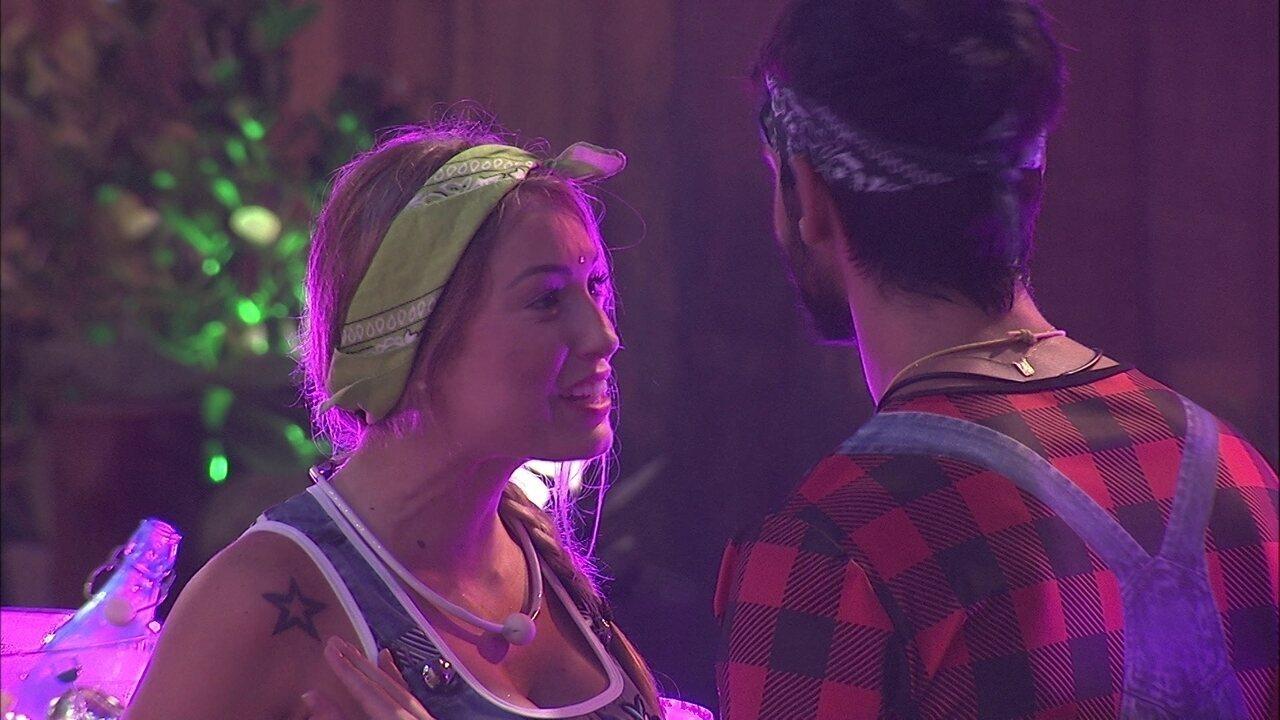 Lucas para Jéssica: 'Eu preciso de você'