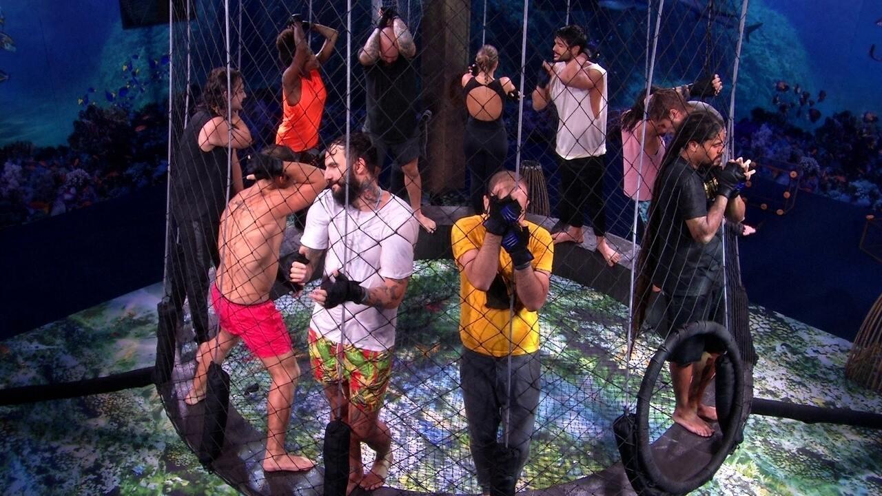 Participantes cantam hit de Djavan na Prova Caiu na Rede e Viegas permanece concentrado