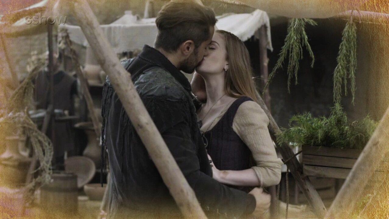 Resumo de 13/02: Afonso flagra beijo de Virgílio e Amália