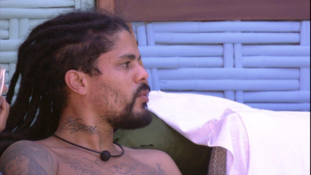 Viegas comenta com brothers: 'Diego me espantou'