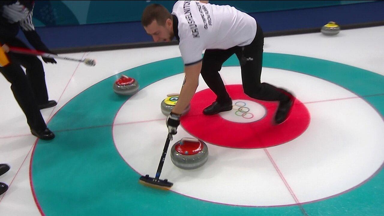 Que jogada! Com um lançamento, dupla da Rússia consegue tirar três pedras da Coreia do Sul