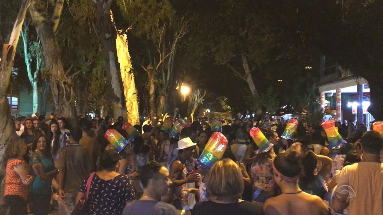 Praia do Cassino tem festa com blocos neste sábado (10)
