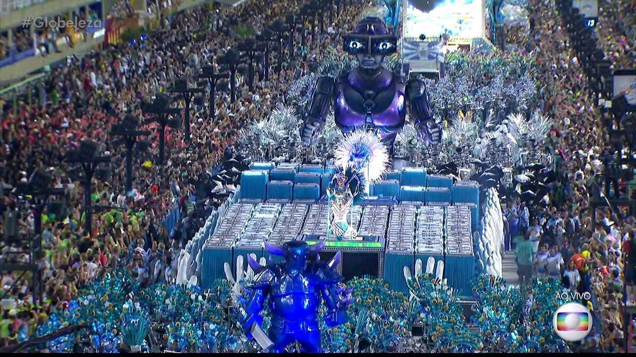 Evolução tecnológica marca desfile da Vila Isabel