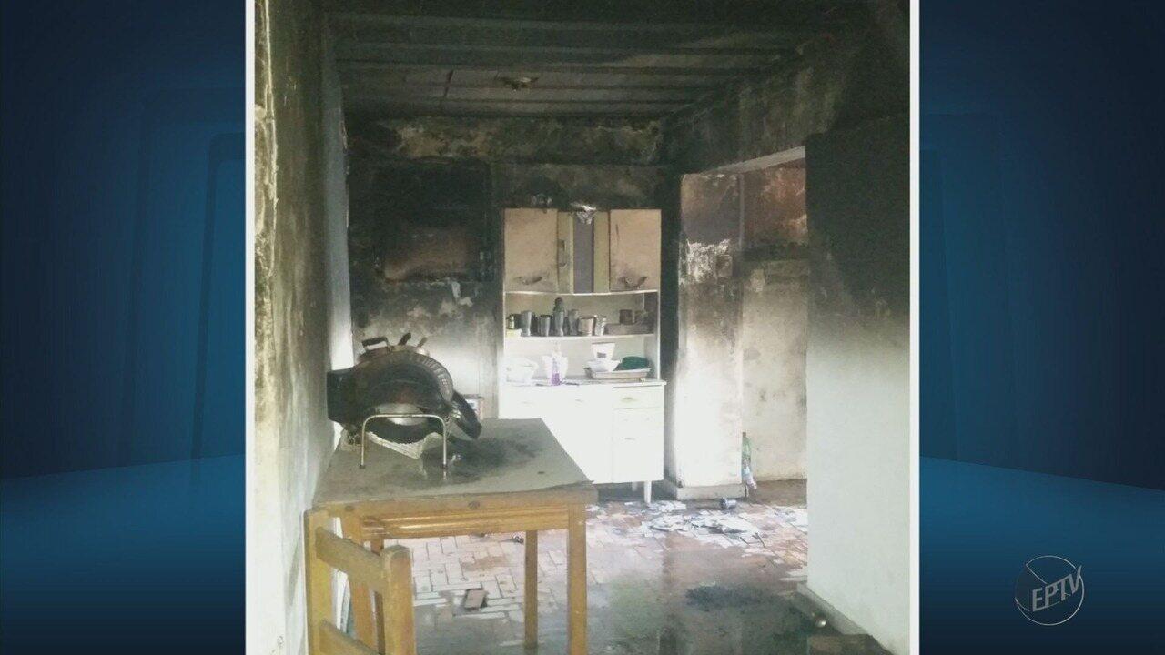 Incêndio em residência de fundos mata jovem de 21 anos e duas crianças em Lavras (MG)
