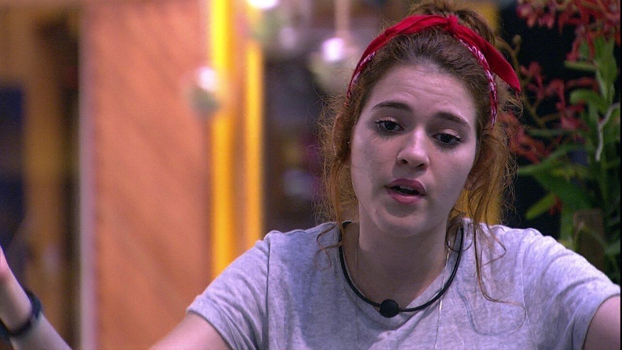 Ana Clara fala sobre Ana Paula: 'Não escuta'