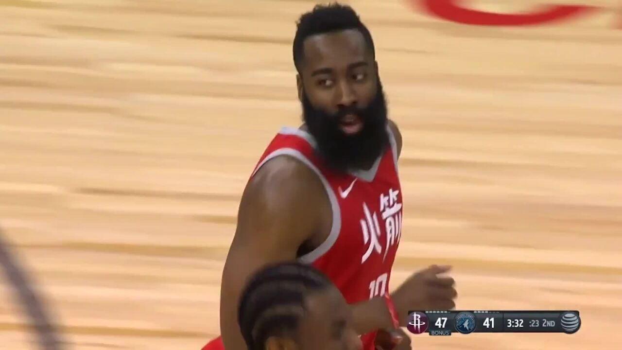 James Harden marca 34 pontos e adiciona 13 assistências na vitória dos Rockets