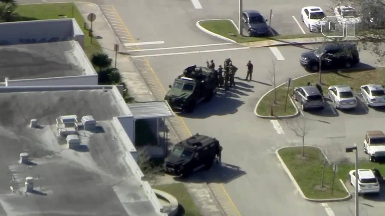 Polícia responde a relato de tiroteio com feridos em escola nos EUA