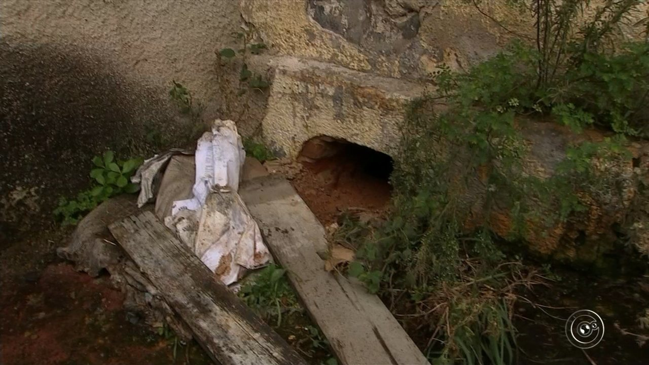 Doze presos tentam fugir da cadeia de transição de São Roque