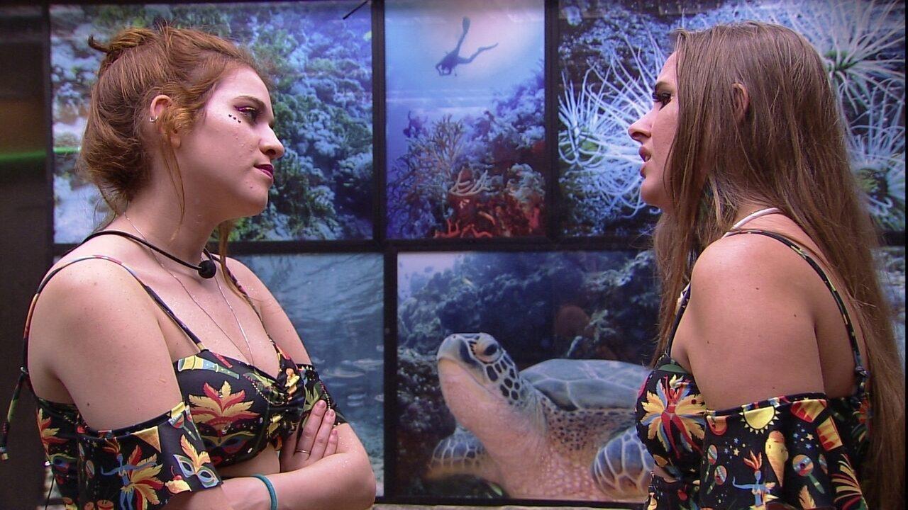Patrícia desabafa com Ana Clara: 'Estou meio perdida'
