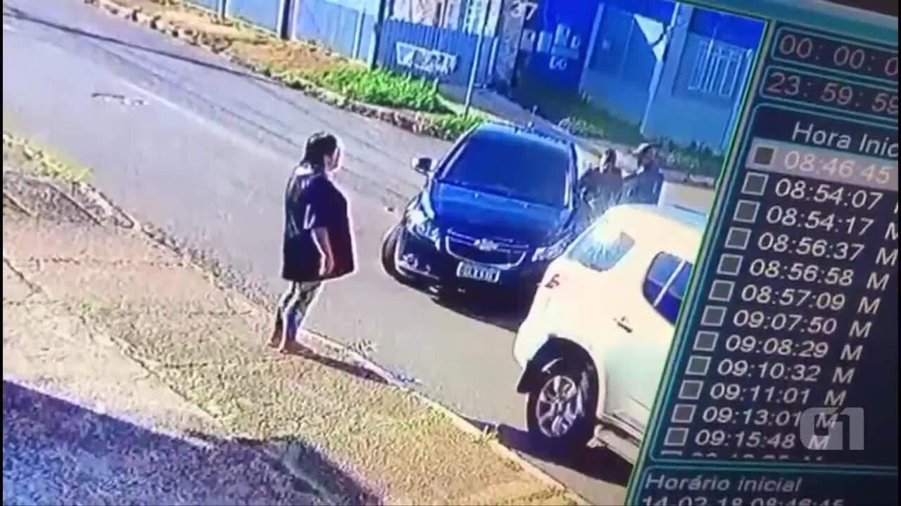 Assaltantes rendem casal na porta de casa, no Gama, no DF