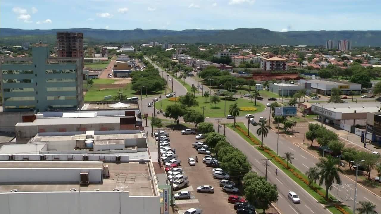 Prefeitura faz mutirão para tentar explicar aumento do IPTU a moradores insatisfeitos