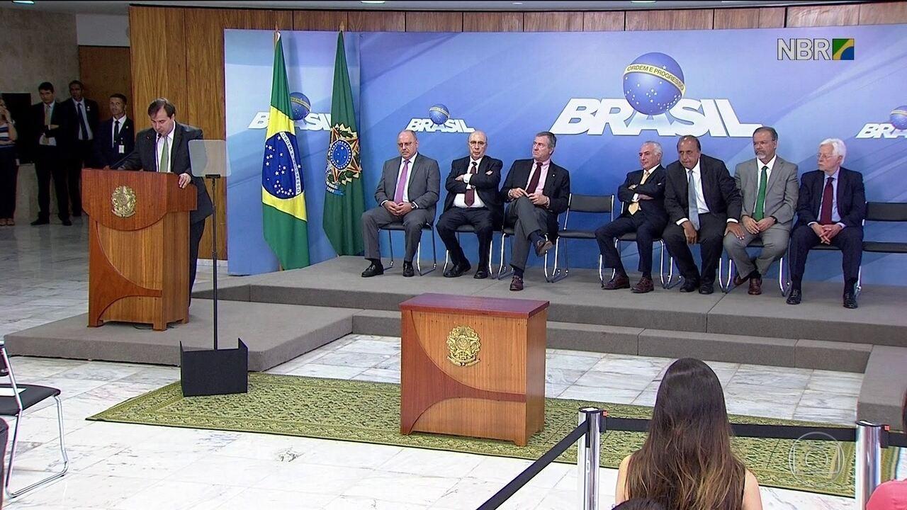 Intervenção na segurança do RJ divide opinião de parlamentares