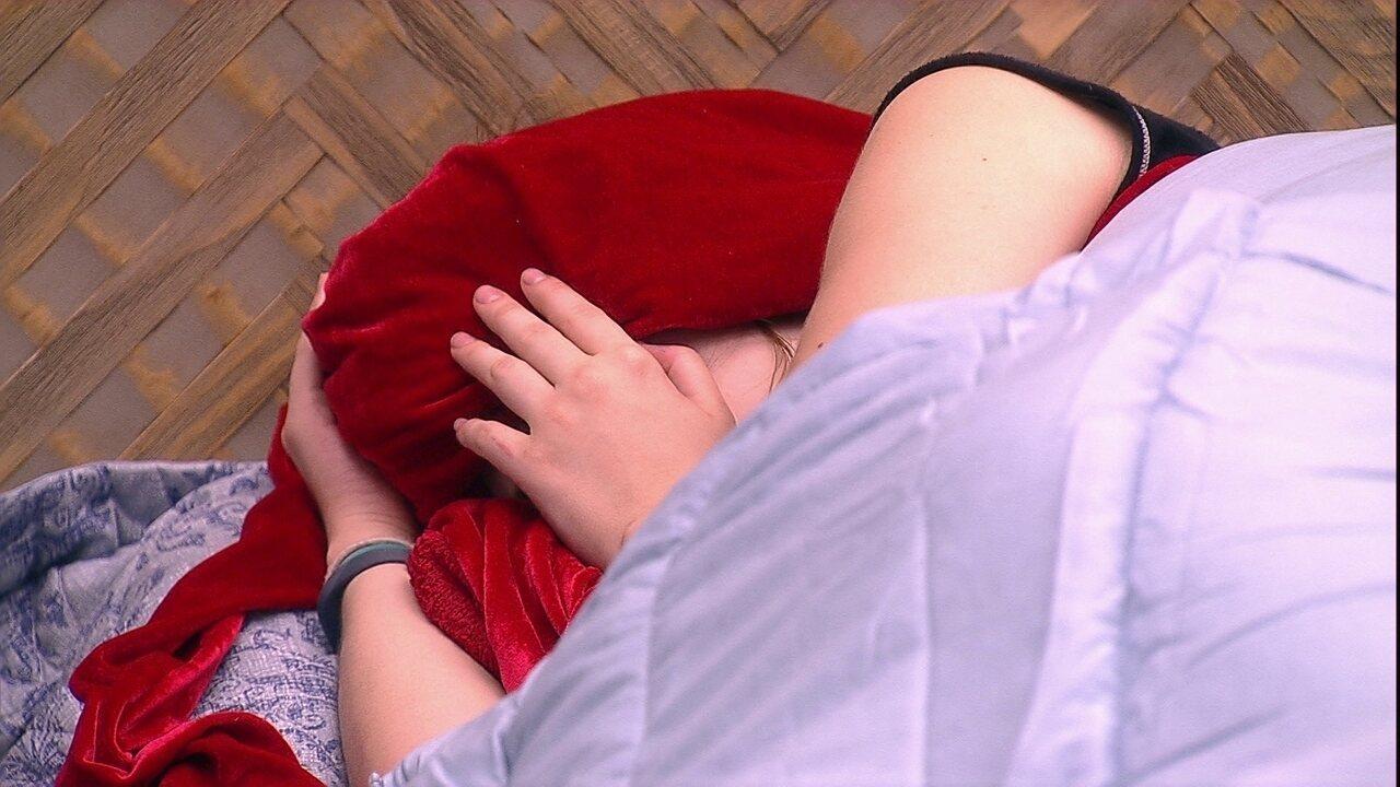 Ana Clara e Ayrton acordam com o Toque de Despertar