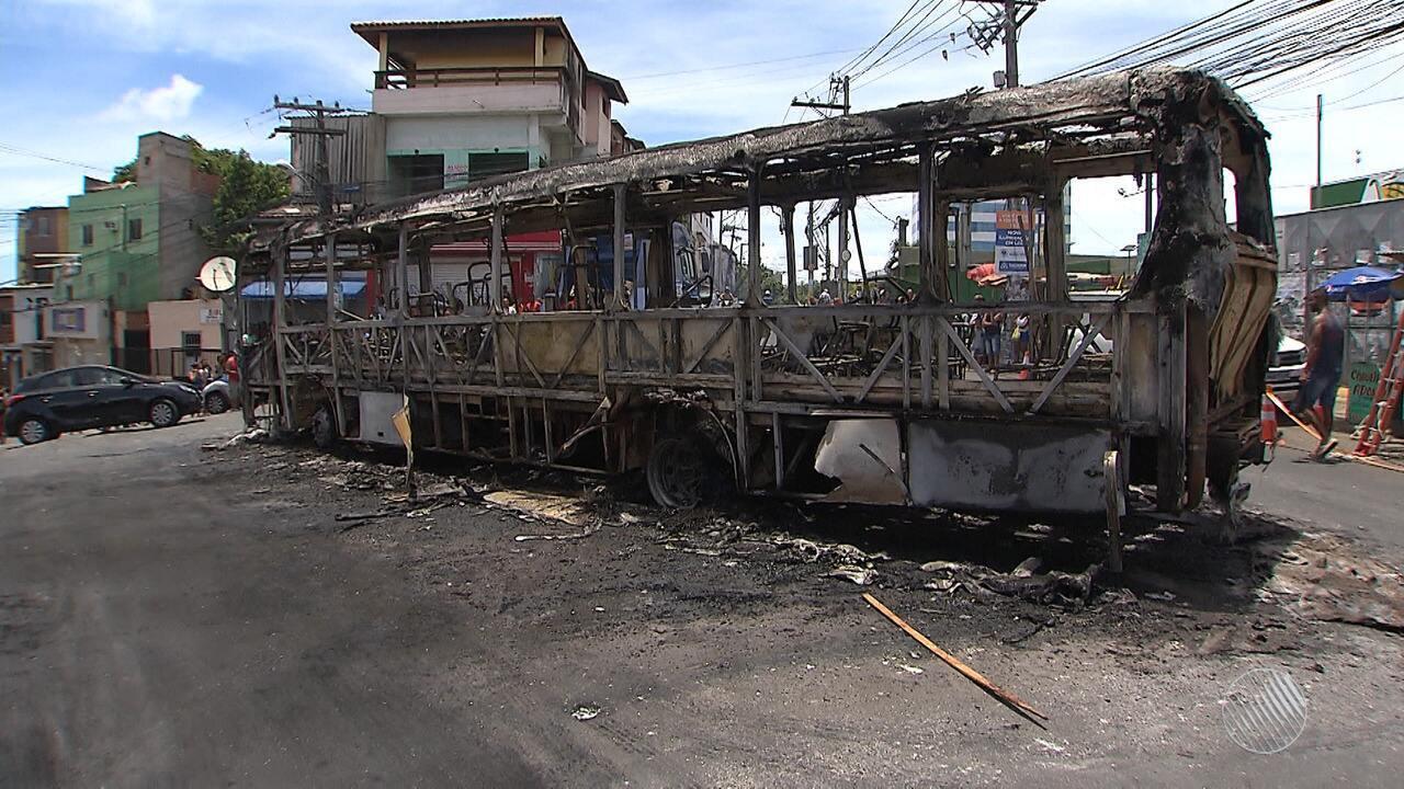 Rodoviários voltam a circular normalmente após incêndio a ônibus em  Sussuarana 6656b5b5b029d