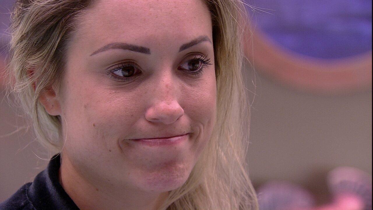 Patrícia dá recado para Jéssica: 'A gente está pensando em votar na Paula'
