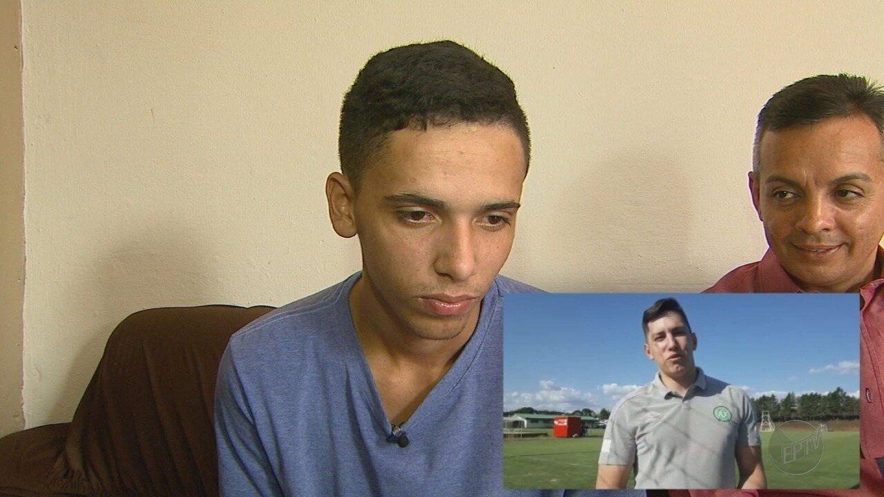 Após ter perna amputada, jovem se espelha em ex-goleiro da Chapecoense para ser atleta