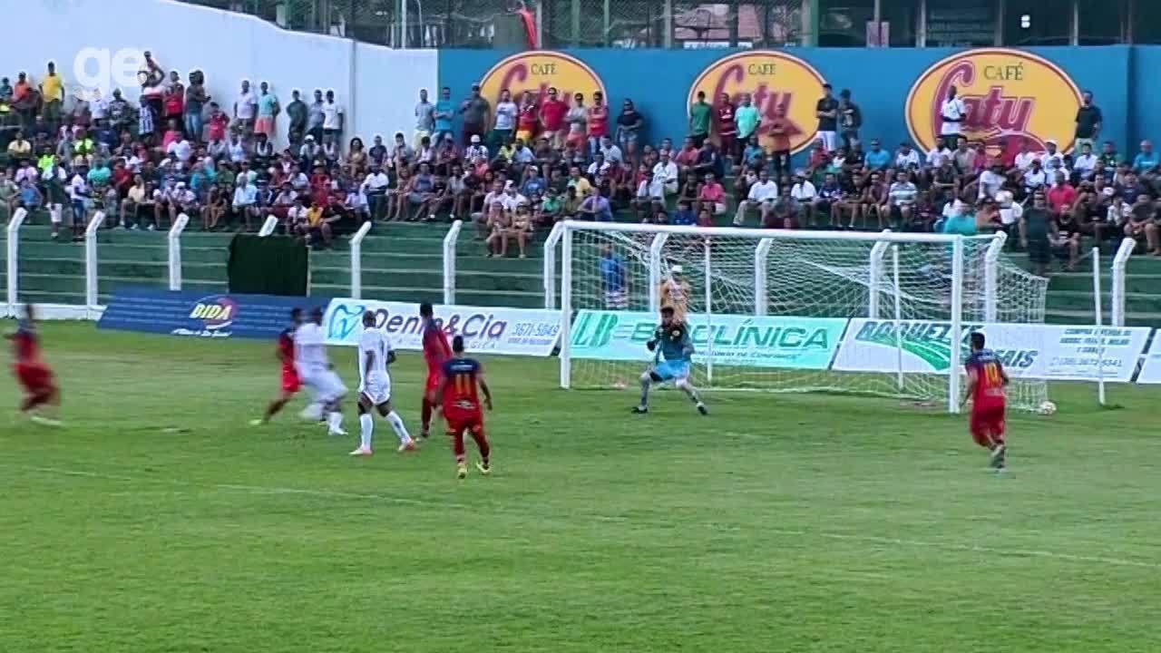 Gama vence Paracatu e assume provisoriamente a ponta do Candangão ... 524cdd0e7cca6