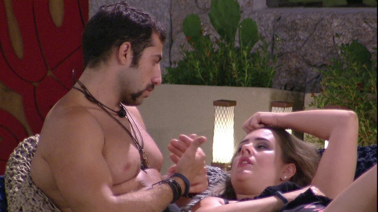 Patrícia se declara para Kaysar: 'O mais forte é que eu quero estar perto'