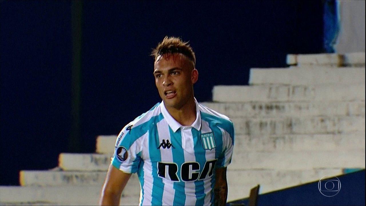 Conhece o Lautaro Martínez? Jogador argentino acabou com o Cruzeiro na semana passada