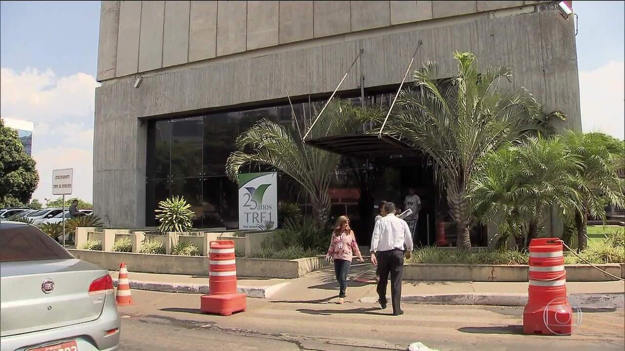 MPF quer rever a transferência de inquéritos de políticos