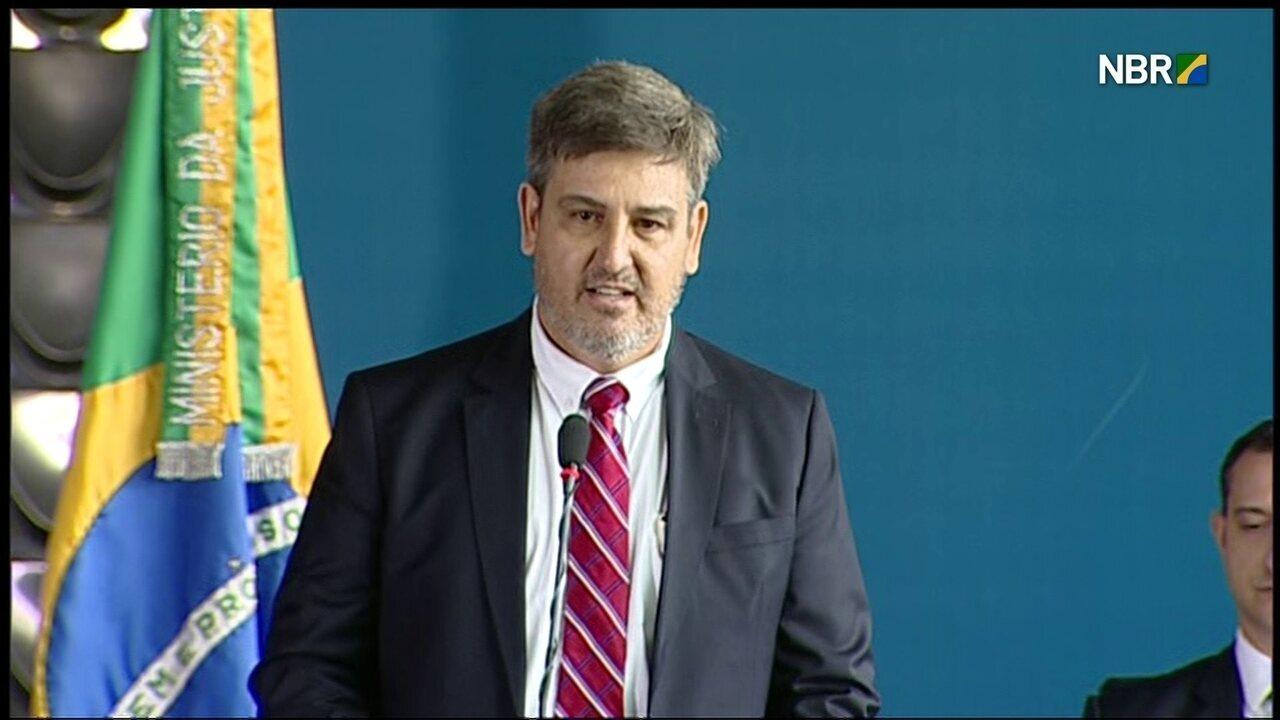 Fernando Segóvia faz discurso em solenidade de posse de novo diretor-geral da PF