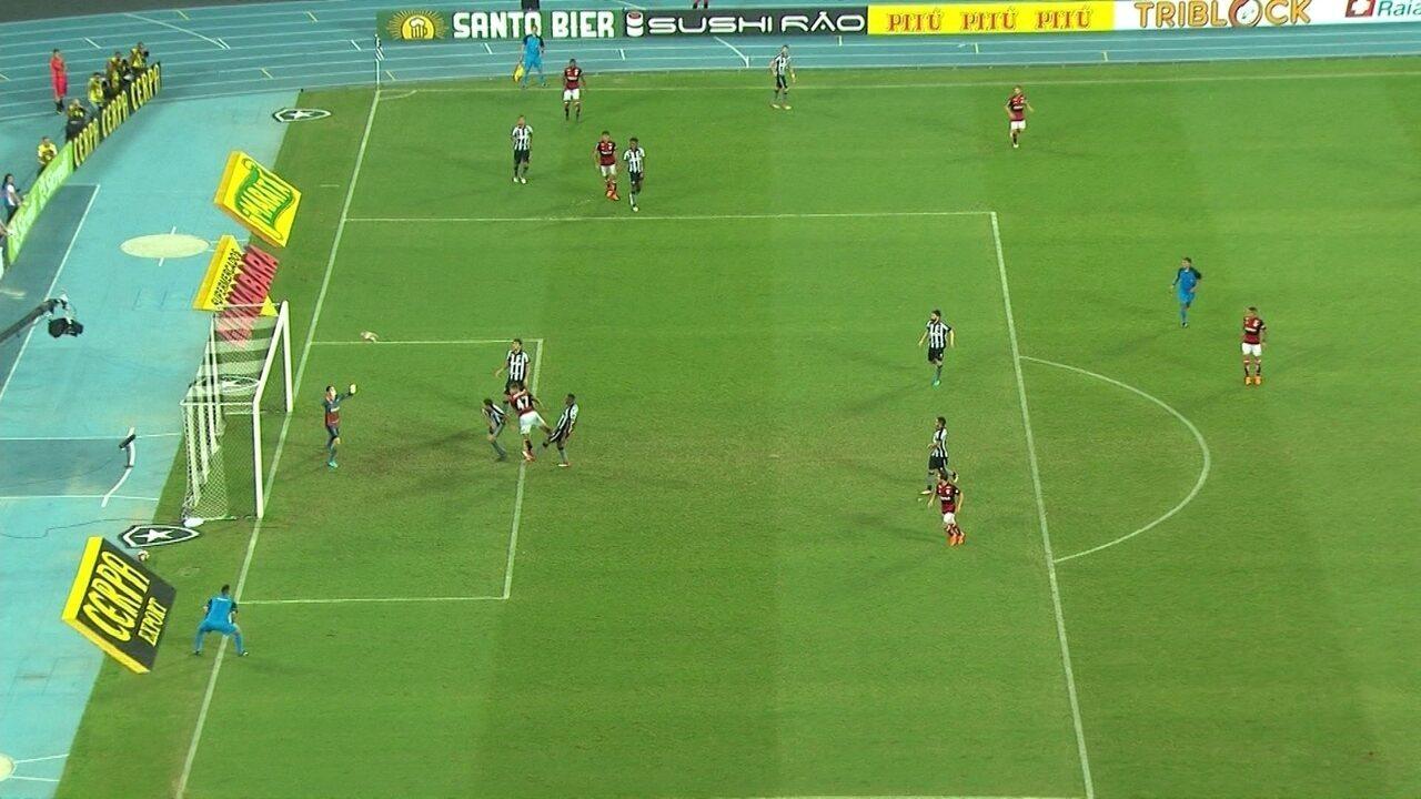 1c10bf8071938 Melhores momentos de Flamengo 1 x 0 Botafogo pelo Campeonato Carioca